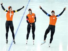 The Netherlands wins team men's speed skate