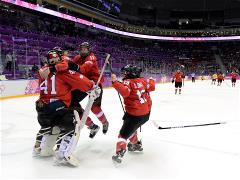 Switzerland beat Sweden 4-3 to win women's ice hockey bronze